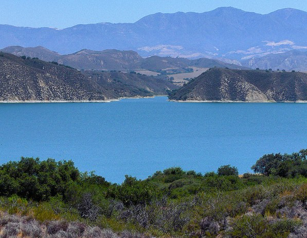 lake-cachuma-kayaking-canoeing